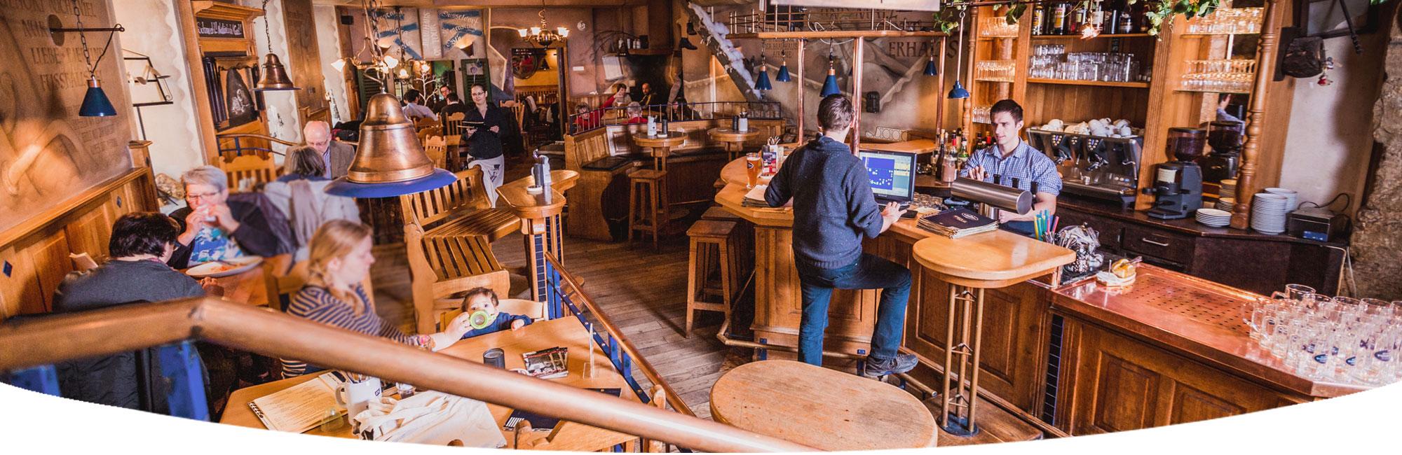 restaurant regensburg startseite essen in regensburg bayrische k che regensburg. Black Bedroom Furniture Sets. Home Design Ideas